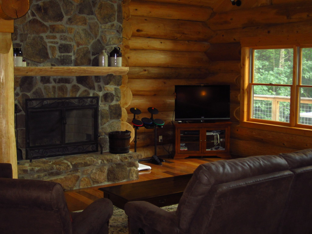 GR_fireplace_TV