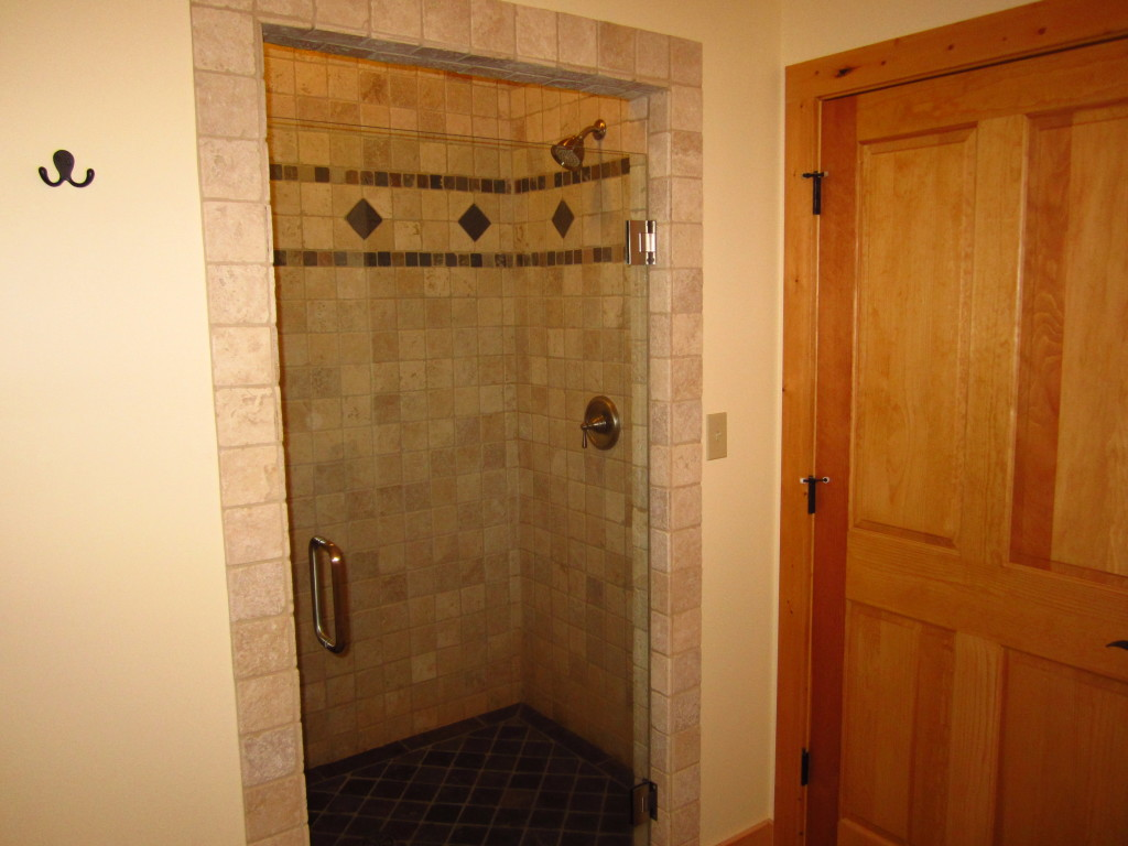 MasterBath_Shower1